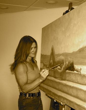 Catherine Lucas photo of artist
